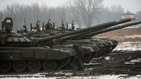 FILE PHOTO T-72 B3 tanks during field exercises © Sergey Pivovarov