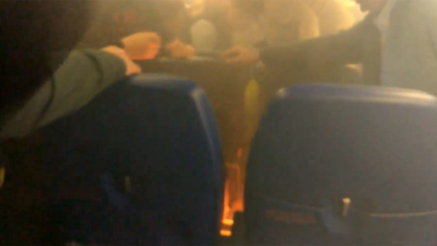 Portable device causes fire on flight from Moscow