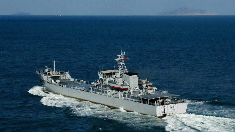 PHOTOS of Chinese 'secret railgun' mounted on ship emerge online
