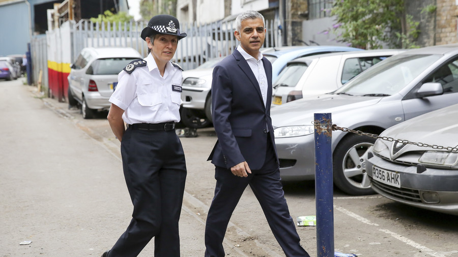 Knife crime epidemic: Theresa May slammed by Sadiq Khan for 'misleading information'