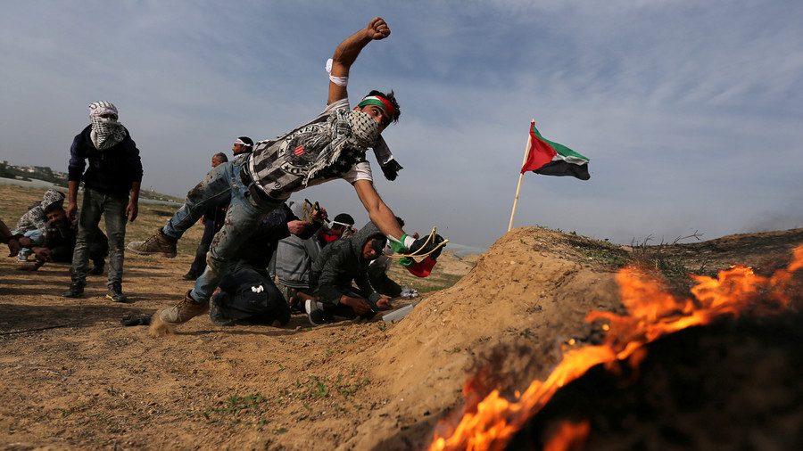 50+ Palestinians injured in clashes with IDF on 10th weekly 'Day of Rage' (VIDEO)