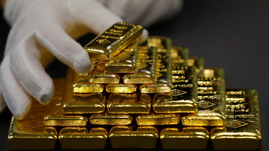 Plunging US dollar boosts gold's safe-haven demand