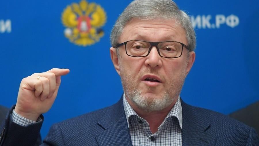 Veteran liberal Yavlinsky opposes presidential election boycott