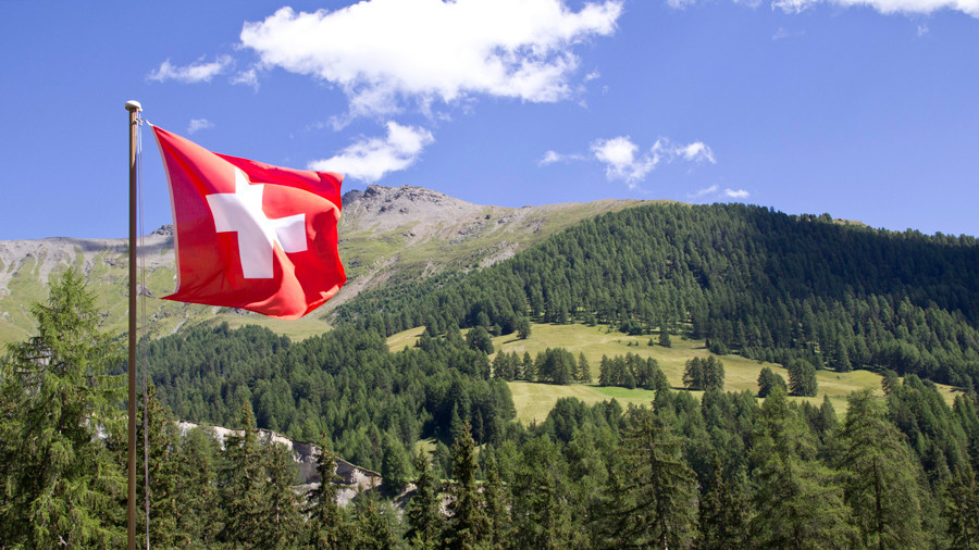 Switzerland embraces bitcoin & cryptocurrencies amid global crackdown