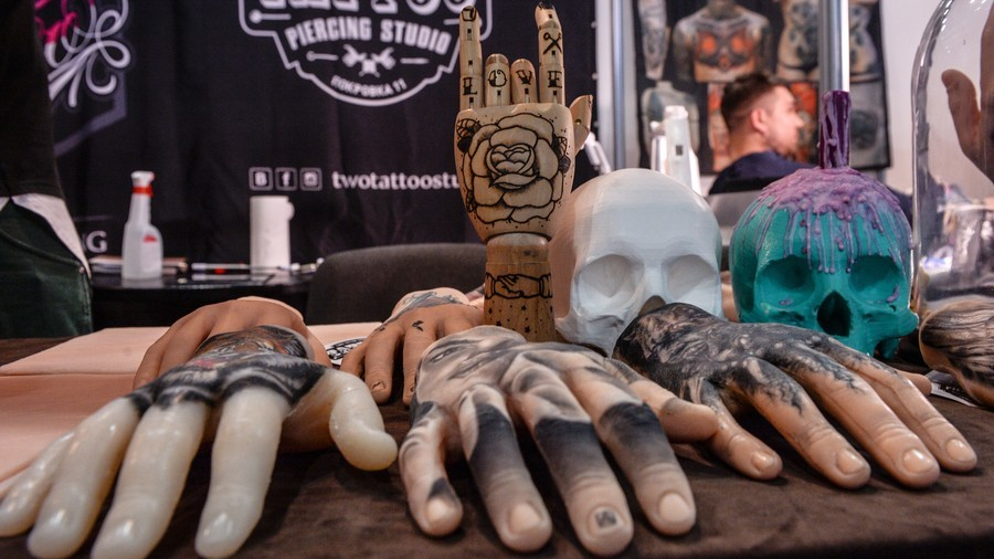 Court 'erases' Russian inmate's neo-Nazi tattoos