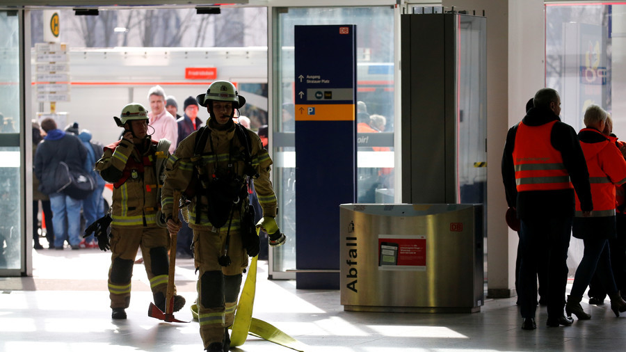 Berlin train station lockdown: Police declare suspicious package 'harmless' (PHOTOS)