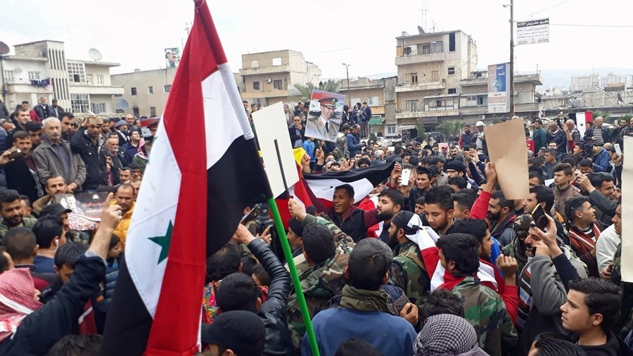 Assad supporters celebrate in Afrin after pro-govt forces bolster Kurds (VIDEO)
