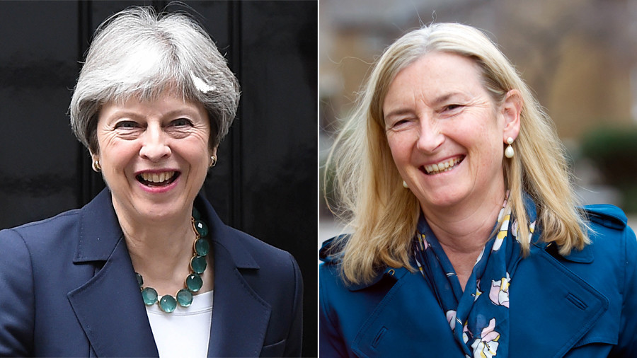 Tory rebellion in the offing? Senior MP warns May there is 'huge' majority backing customs union