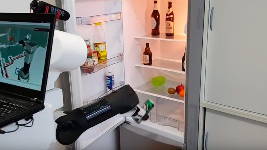 High-tech enabler? Robotic waiter will take your order & fetch beer from fridge (VIDEO)