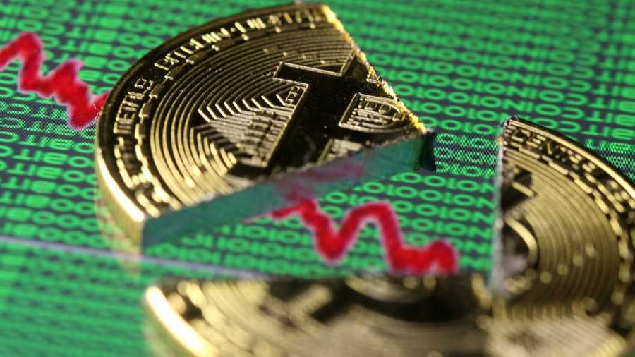 Bitcoin takes a beating with entire cryptocurrency market in decline