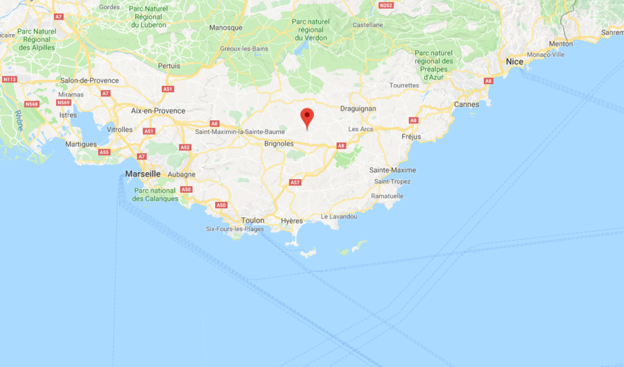 Five dead after two helicopters collide near the town of Saint-Tropez