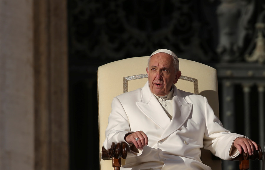 Chile sex abuse letter suggests Pope Francis knew of 'cover-up' in 2015