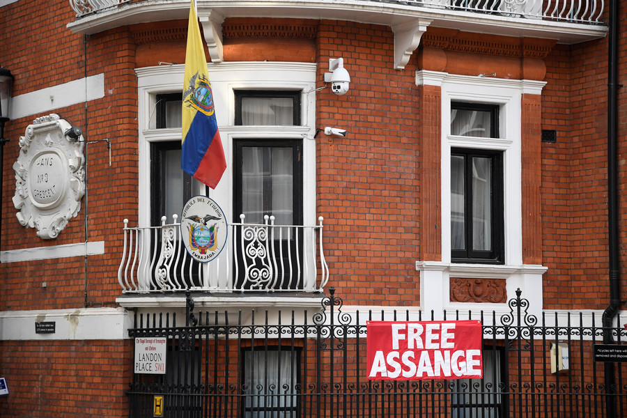 Assange expert tells RT: Wikileaks founder's extradition fears are 'completely rational'