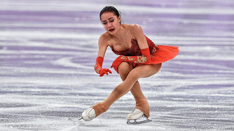 'Huge sorrow': Bobrova leads Russian figure skaters' respects to plane crash victims