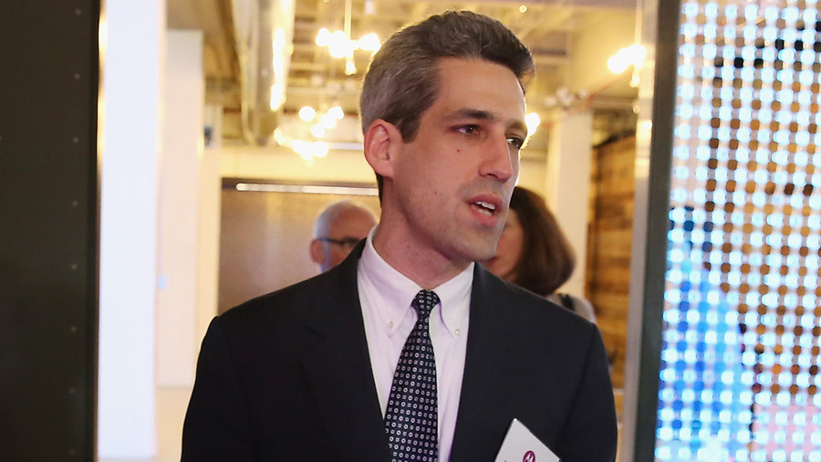 'Poor' Dem takes on billionaire party fellows in Illinois gubernatorial primary