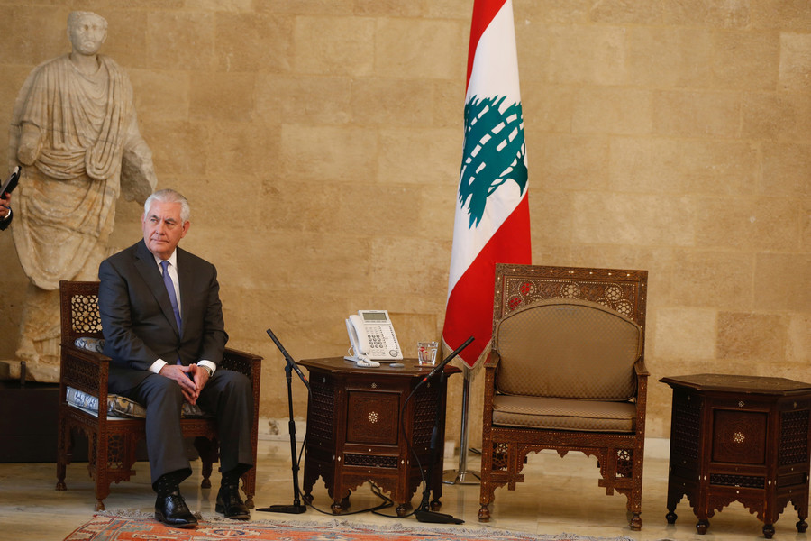 US carrot-and-stick policy to Lebanon could push it into abyss