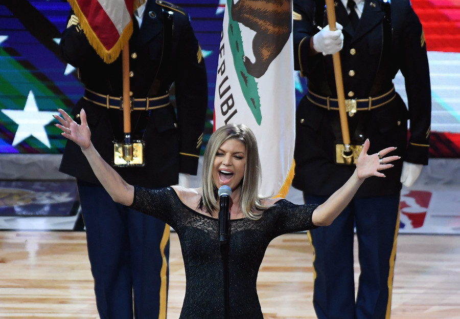'I need a cigarette after that': Twitter pans Fergie's rendition of US national anthem