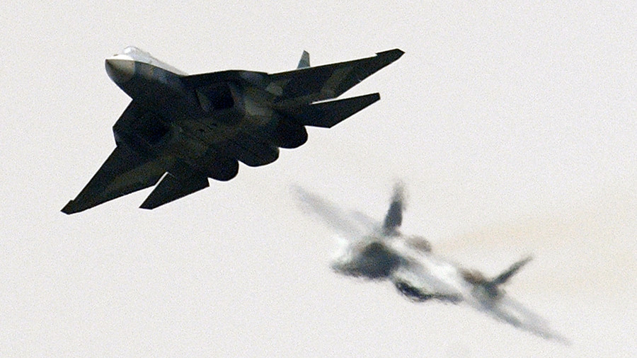 Su-57's debut? Video claims to show Russia's 5th-gen jets in action over Syria