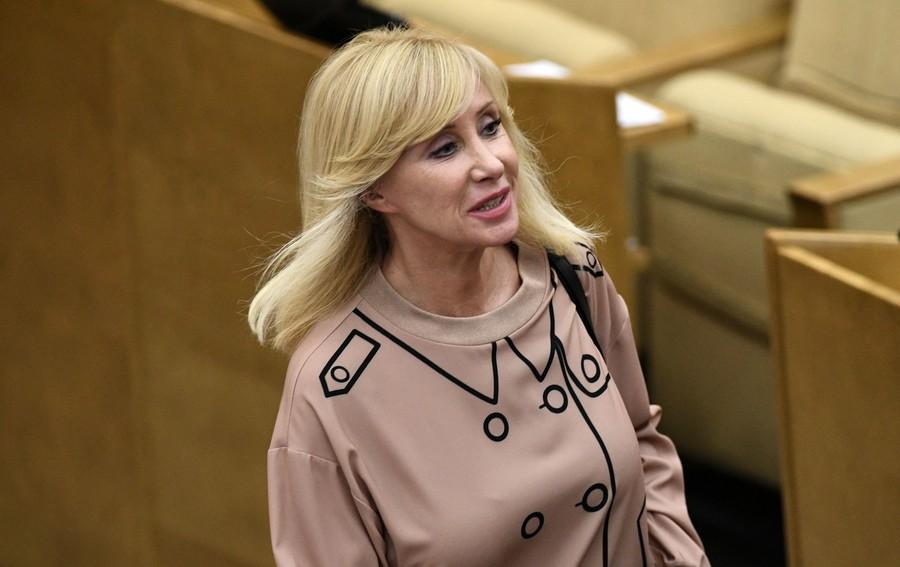 Russian lawmaker promises to prepare anti-harassment bill