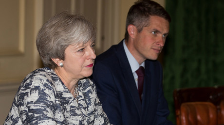 Theresa May and Gavin Williamson © Daniel LEAL-OLIVAS