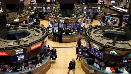 Dow down 1,000 points as US stock market plunges again