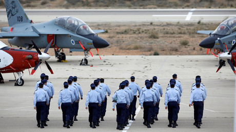 Israeli Air Force cadets are seen during a graduation ceremony at the Hatzerim air base © Amir Cohen