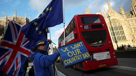 Anti-Brexit protesters demonstrate opposite the Houses of Parliament in London, Britain, January 16, 2018. © Hannah McKay
