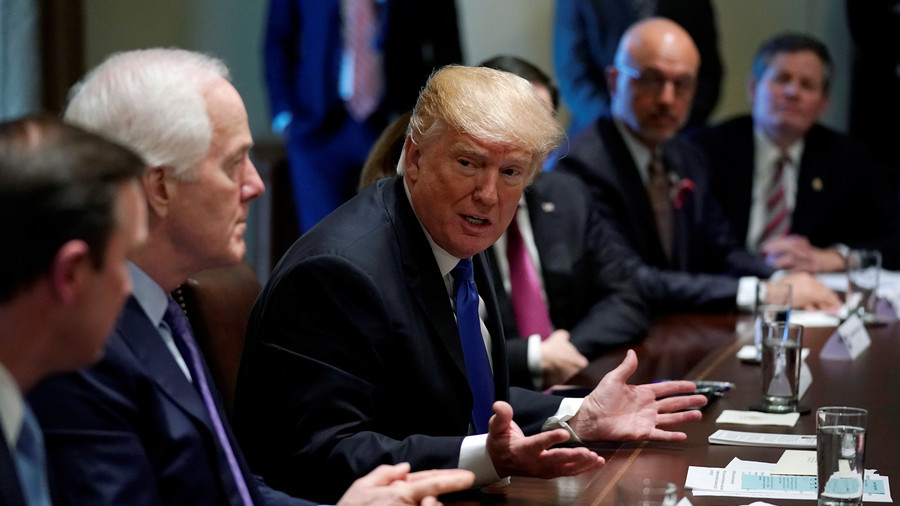 'Take the guns first': Trump backs gun control at bipartisan White House meeting