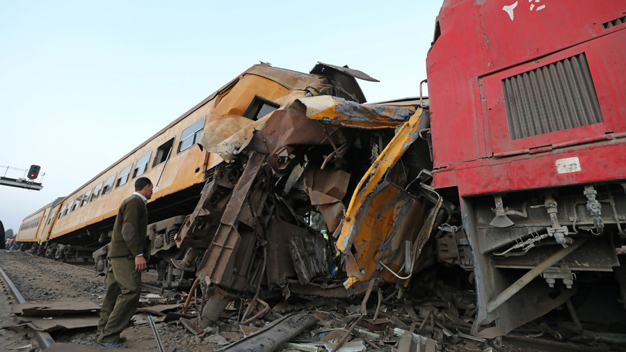 Passenger trains collide in Egypt, at least 12 dead – local reports