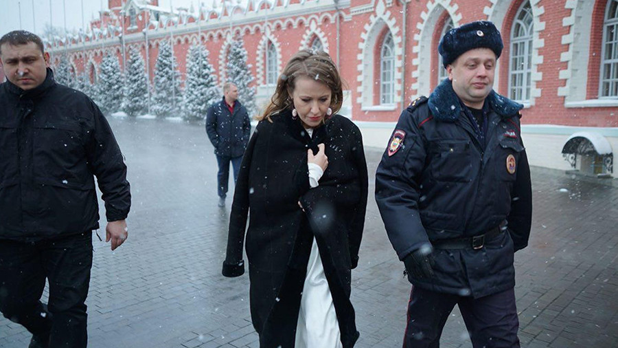 Russian presidential hopeful Sobchak doused with water