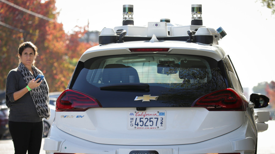 Self-driving cars attacked by angry Californians