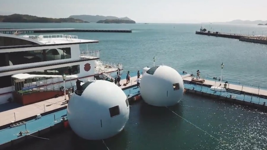 Tsunami-proof pods: Japan launches guest-saving floating hotel (VIDEO)