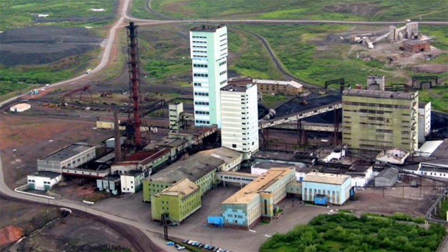 Up to 120 evacuated from smoking mine in north-western Russia