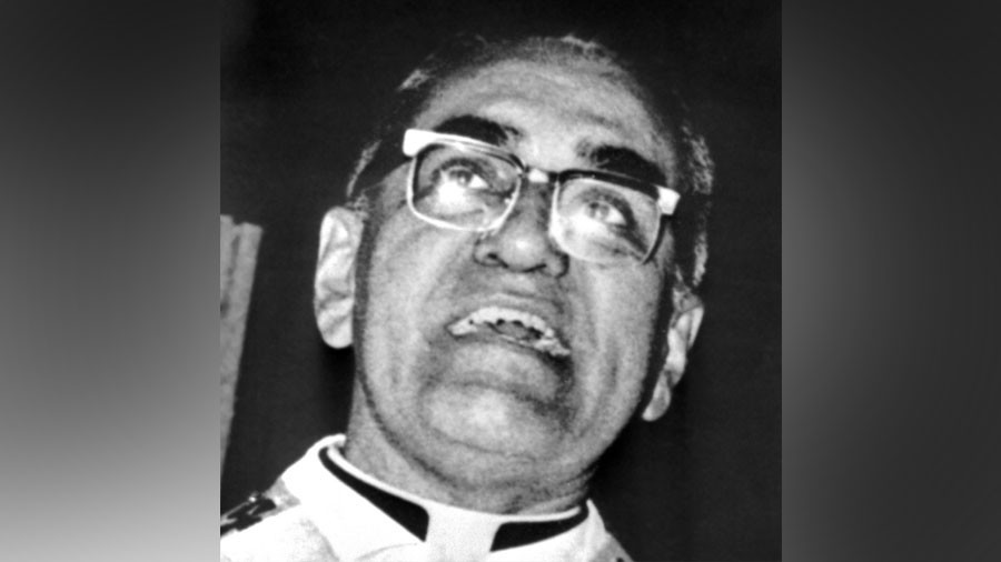 The Oscar Romero story: Archbishop who defied a military junta & became a saint