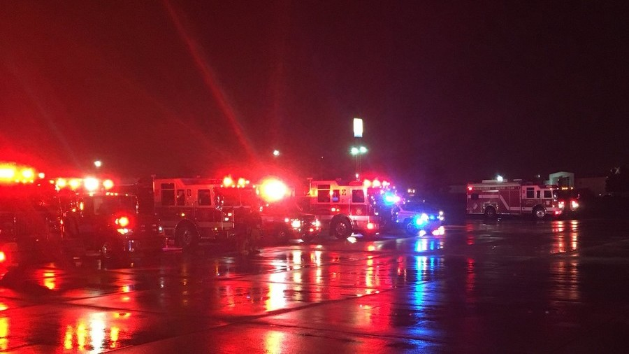 2 hospitalized as plane makes emergency landing in Albuquerque, reports of smoke in cabin