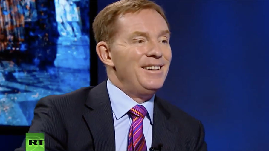 Labour MP Chris Bryant calls for RT UK to be shut down… despite appearing on it himself (VIDEO)