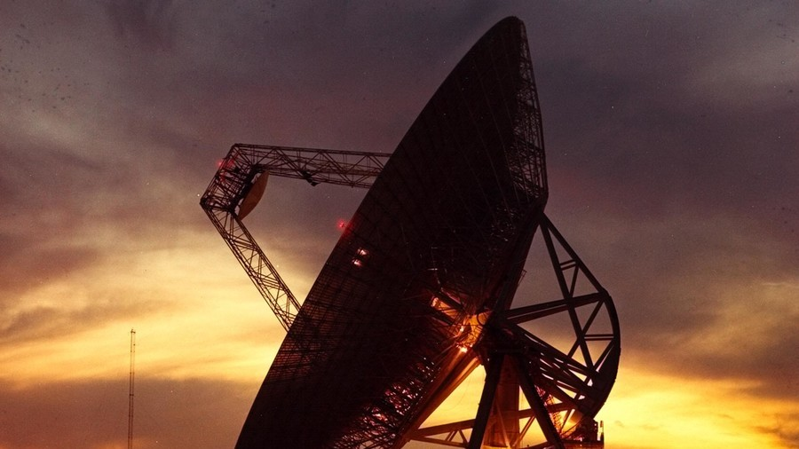 Fast radio bursts: What are these 'insanely powerful,' unexplained signals from space?