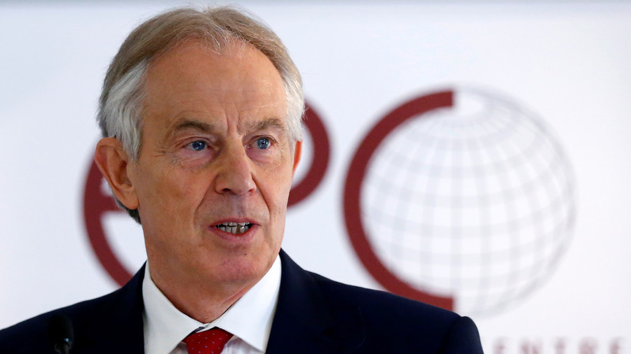 Tony Blair sends Twitter into overdrive as he warns Tories 'Corbyn govt certain if Brexit continues'