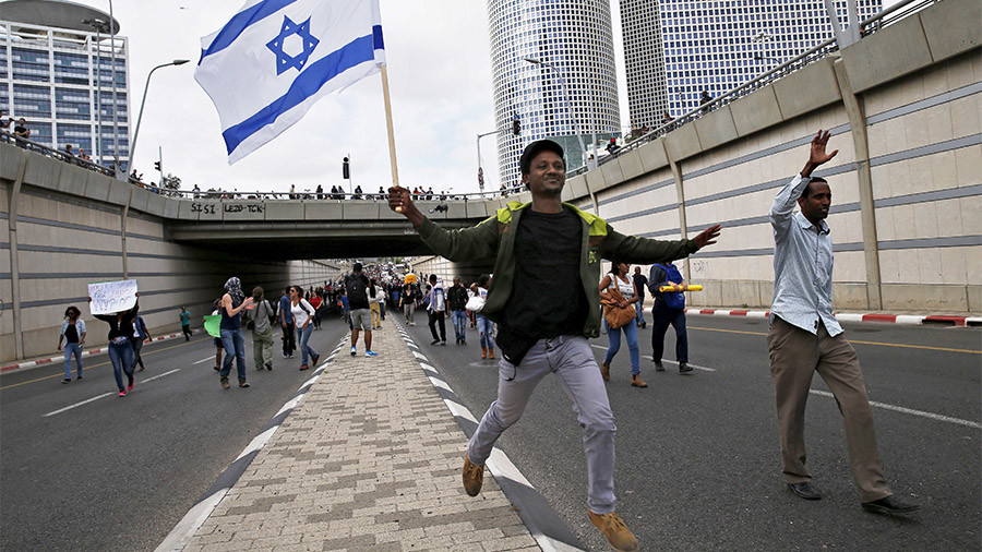 60mn 'potential Jews' could be converted to promote Israel – govt report