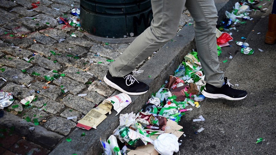 Swiss fly-tippers plague French towns to escape waste charges