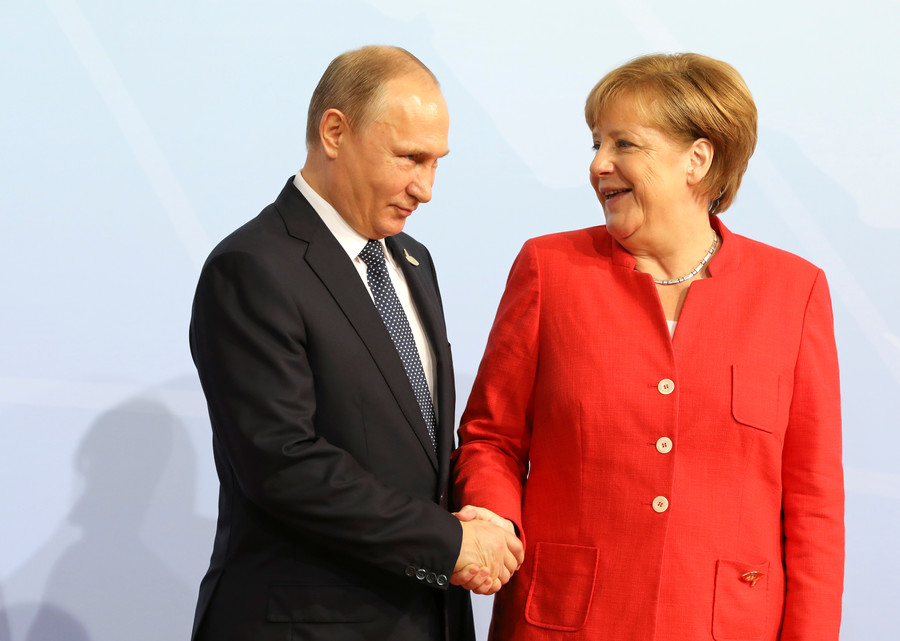 Presents from Putin: Merkel recalls receiving 'very good smoked fish' from Russian president