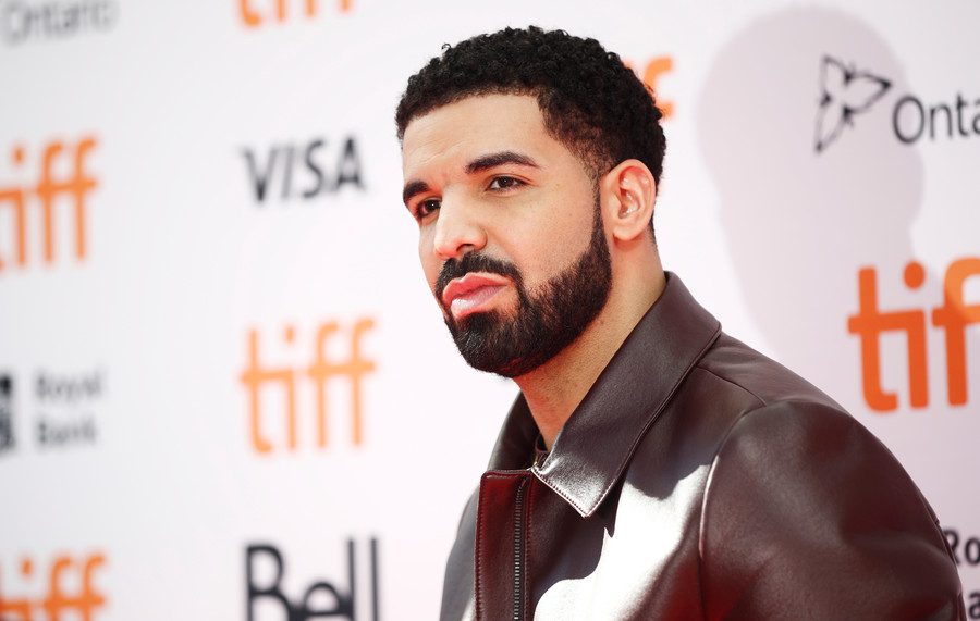 Drake v Ninja: Twitch smashes live-streaming record in gaming session