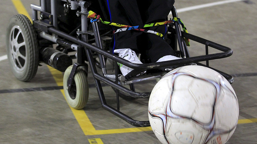 'Miracle' at English football match as fan in wheelchair walks (VIDEO)