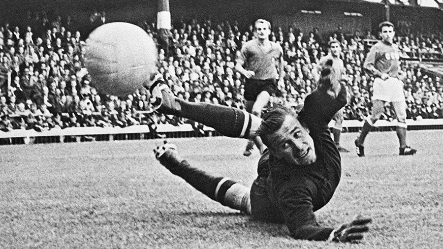 Lev Yashin: The legend of the 'Black Spider' lives on 28 years after his death