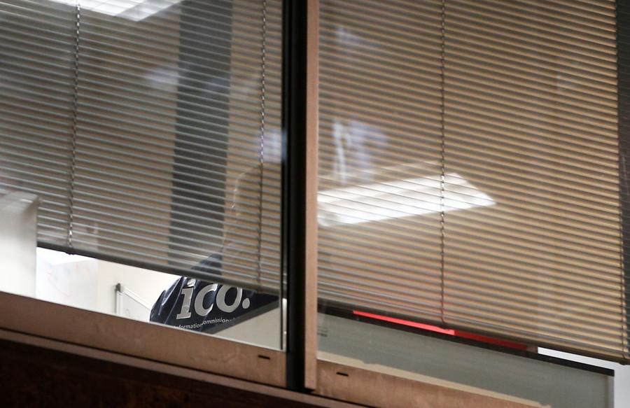 UK investigators raid Cambridge Analytica offices in Facebook data mining probe
