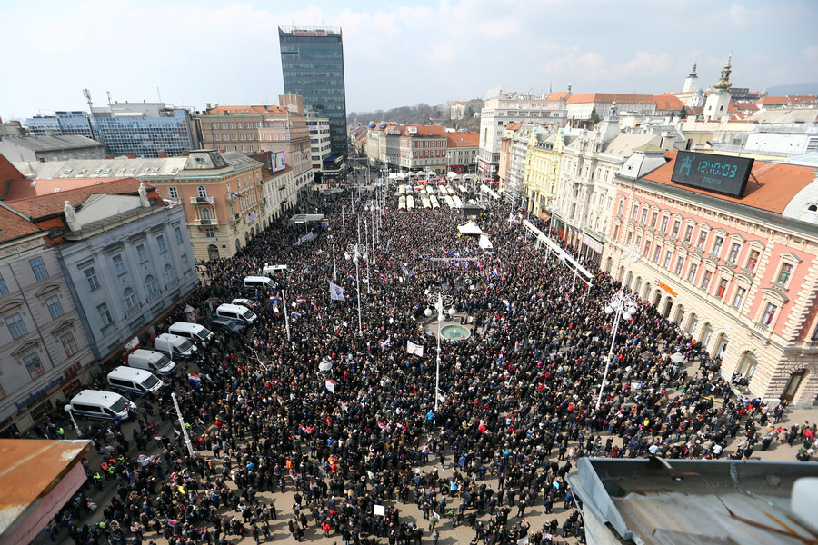 Thousands of Croatian far-right supporters march against treaty to protect women