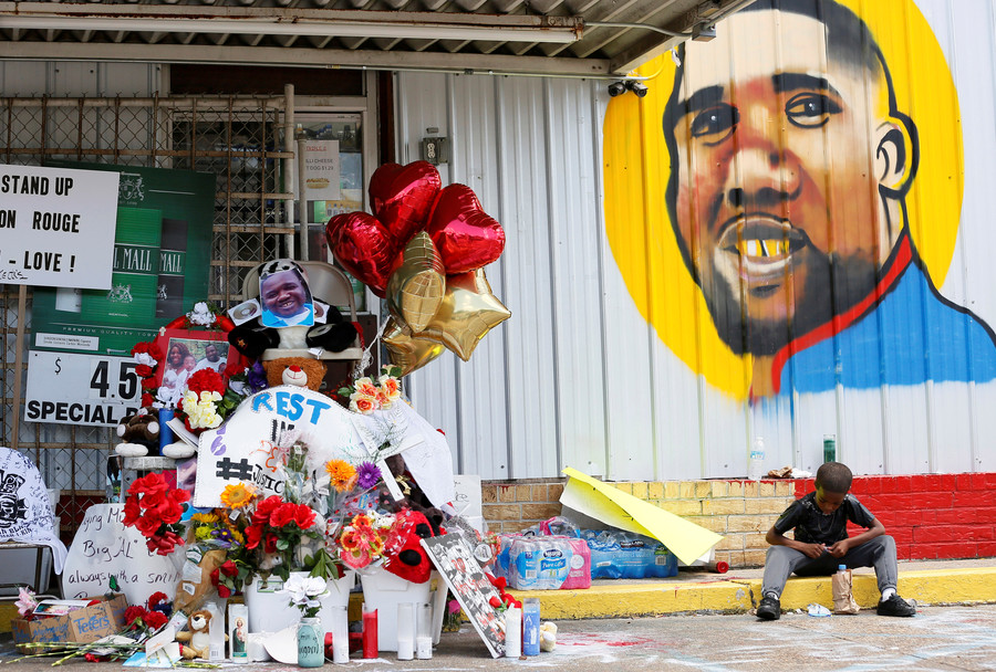 Officers who killed Alton Sterling won't face charges