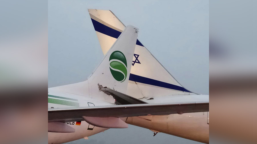 German & Israeli jets collide in dramatic runway incident (VIDEO)