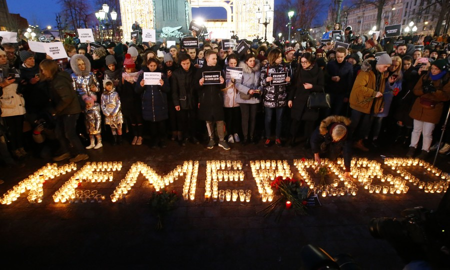 Long-serving Kemerovo governor resigns after mall fire tragedy