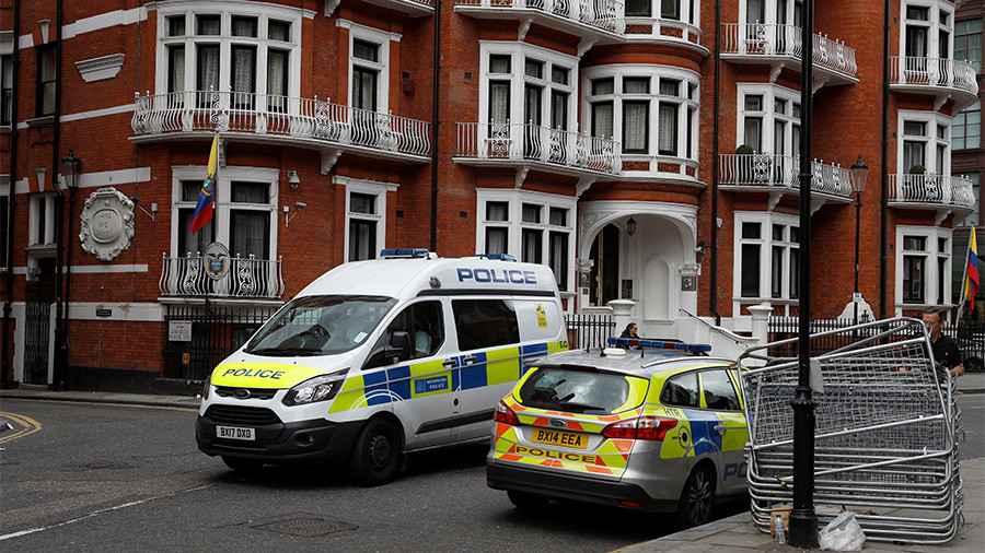 'Assange is a war hero, he exposed American war crimes' – Vivienne Westwood
